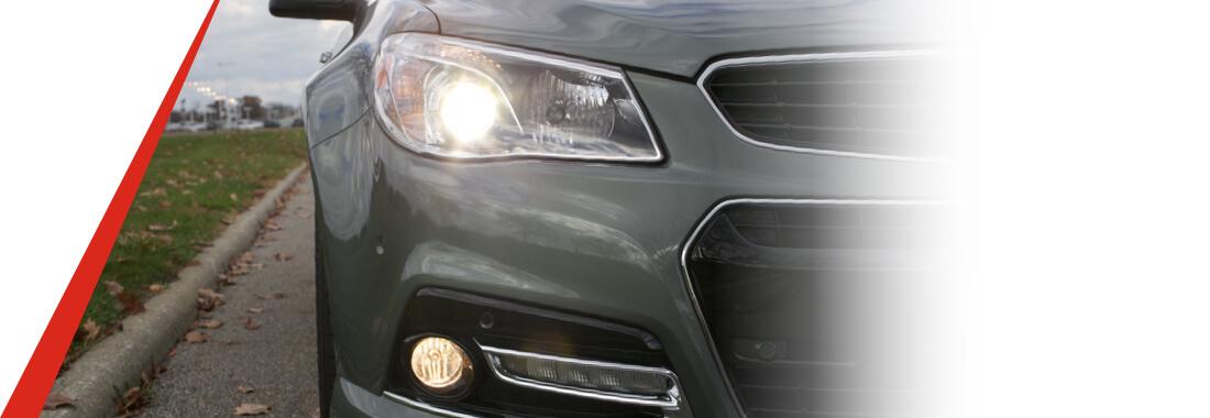 sensor de luz en el parabrisas del auto