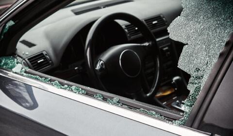 reemplazo de ventanilla lateral del auto