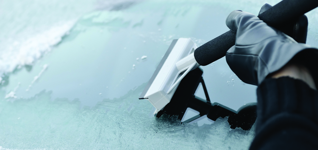 Windshield damage caused by snow